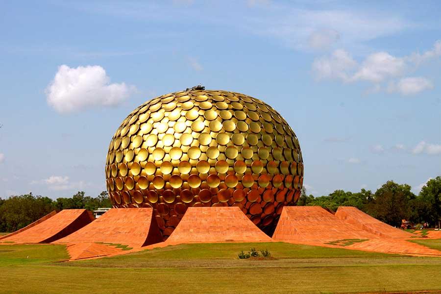 Matrimandir, Auroville, Inde du Sud